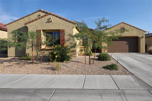 Photo of 11880 N Raphael Way, Tucson, AZ 85742 (MLS # 22025657)