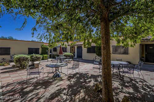 Photo of 109 W Calle Del Ano, Green Valley, AZ 85614 (MLS # 22126666)