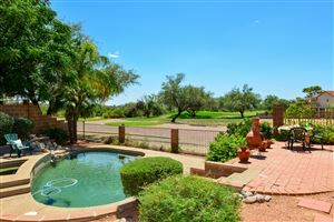 Photo of 10141 N Inverrary Place, Oro Valley, AZ 85737 (MLS # 21921672)