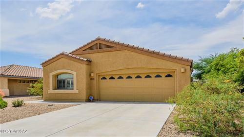 Photo of 11063 W Coppertail Drive, Marana, AZ 85653 (MLS # 22118707)
