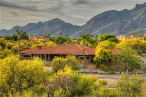 Photo of 4905 E Salida Del Sol Place, Tucson, AZ 85718 (MLS # 21918717)
