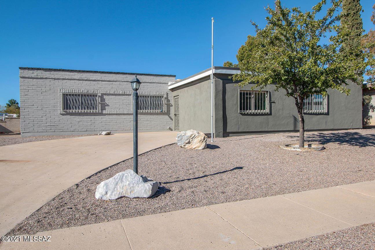 1810 S Palm Springs Circle, Tucson, AZ 85710 - MLS#: 22031759