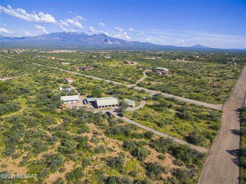 Photo of 3710 W Calle Tres, Green Valley, AZ 85622 (MLS # 22122761)