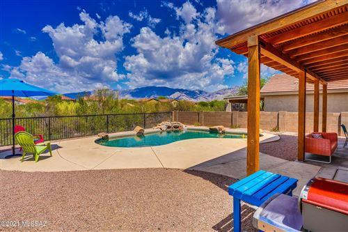 Photo of 740 W Buffalo Grass Drive, Oro Valley, AZ 85755 (MLS # 22117769)