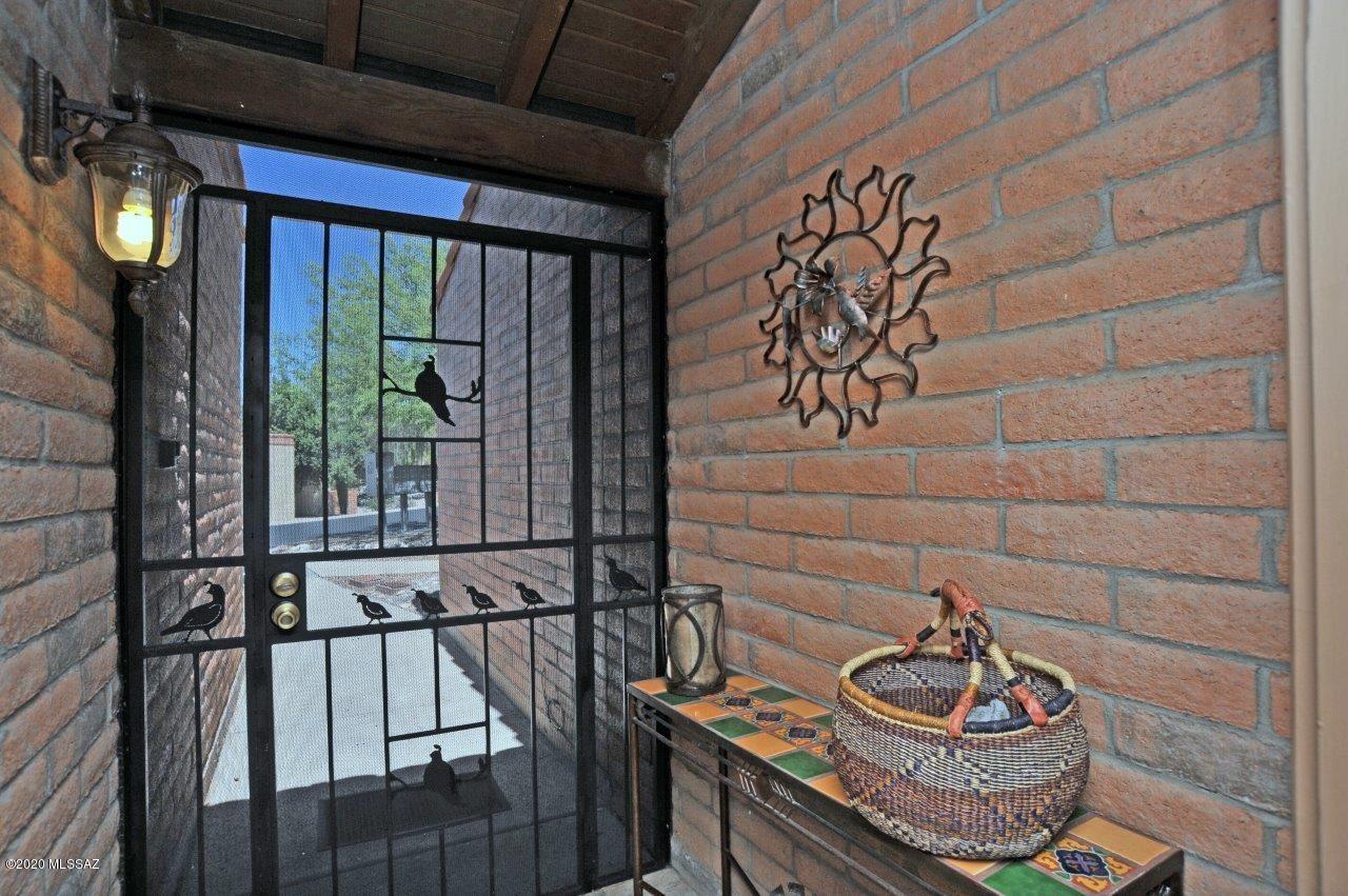 1676 W Dalehaven Circle, Tucson, AZ 85704 - MLS#: 22011771