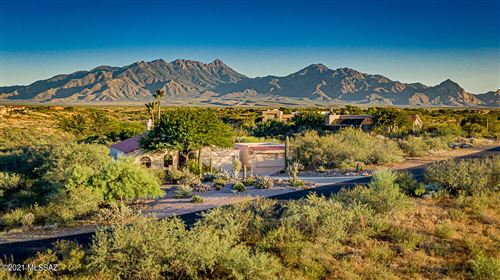 Photo of 2003 S Rolling Rock Place, Green Valley, AZ 85614 (MLS # 22126779)
