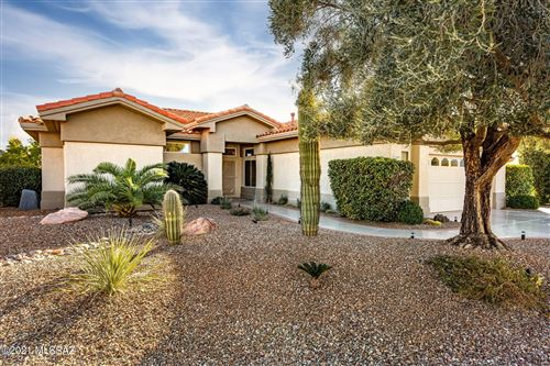 Photo of 1540 E Crown Ridge Way, Oro Valley, AZ 85755 (MLS # 22101793)