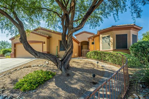 Photo of 469 N Mountain Brook Drive, Green Valley, AZ 85614 (MLS # 22126799)