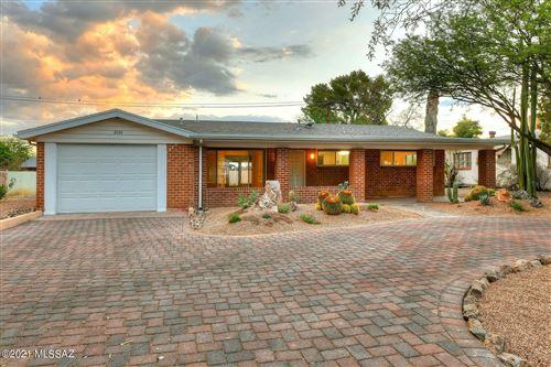 Photo of 2101 E Copper Street, Tucson, AZ 85719 (MLS # 22116816)
