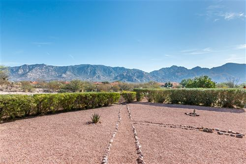 Photo of 14148 N Trade Winds Way, Oro Valley, AZ 85755 (MLS # 21929818)