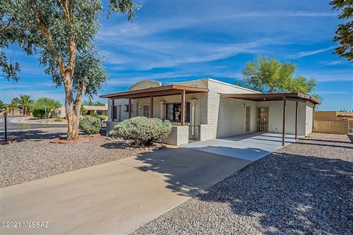 Photo of 901 S Abrego Drive, Green Valley, AZ 85614 (MLS # 22125826)