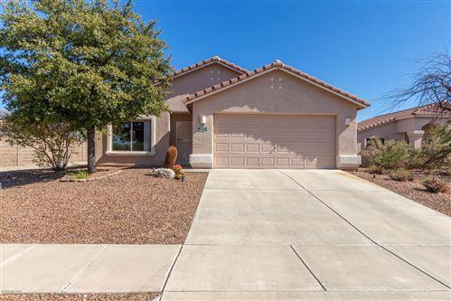 Photo of 9428 N Flynn Way, Tucson, AZ 85742 (MLS # 22026832)
