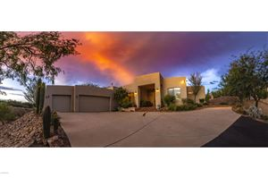 Photo of 11570 N Copperbelle Place, Oro Valley, AZ 85737 (MLS # 21924838)