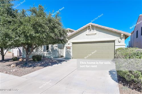Photo of 10024 N Blue Crossing Way, Tucson, AZ 85743 (MLS # 22126839)