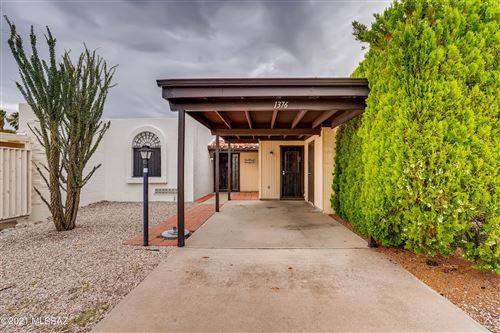 Photo of 1376 S Desert Meadows Circle, Green Valley, AZ 85614 (MLS # 22118867)