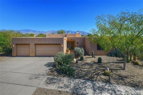 Photo of 11522 N Kelly Rae Place, Oro Valley, AZ 85737 (MLS # 21927868)