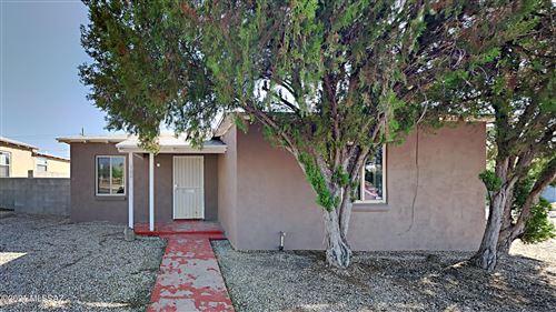 Photo of 1700 E Grant Road, Tucson, AZ 85719 (MLS # 22124878)
