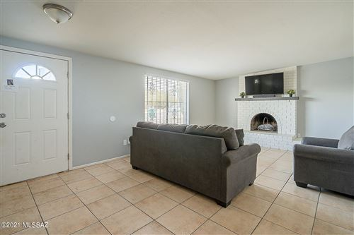 Photo of 5734 S Rex Sv Stravenue, Tucson, AZ 85706 (MLS # 22101889)