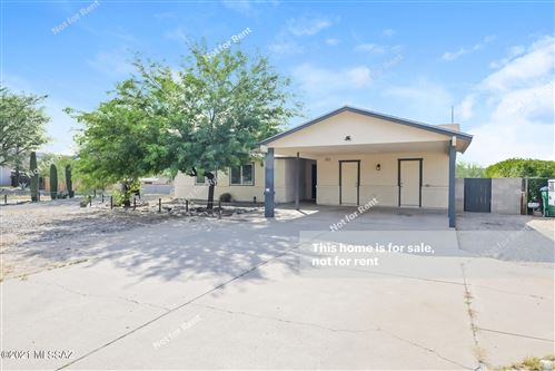 Photo of 7005 N Camino De La Tierra, Tucson, AZ 85741 (MLS # 22124896)