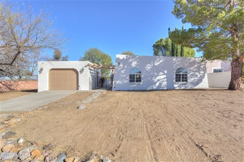 Photo of 501 Driftwood Circle, Nogales, AZ 85621 (MLS # 22101898)