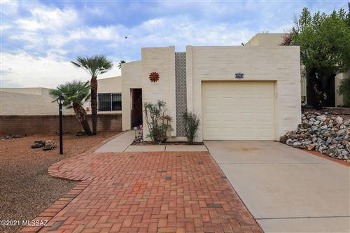 Photo of 2741 S Calle Morena, Green Valley, AZ 85622 (MLS # 22118901)