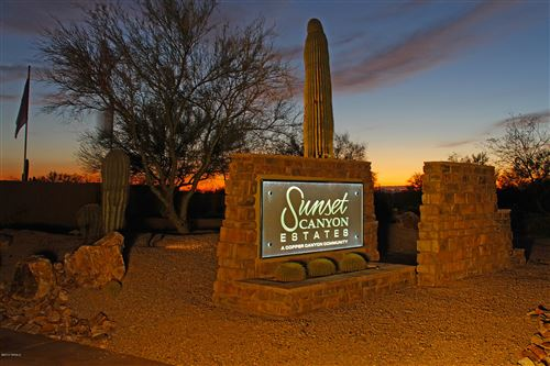 Photo of 11990 N Mesquite Sunset Place, Oro Valley, AZ 85742 (MLS # 21803910)