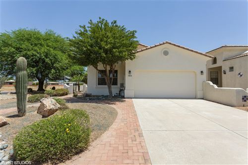 Photo of 2127 S Via Alonso, Green Valley, AZ 85614 (MLS # 22101918)