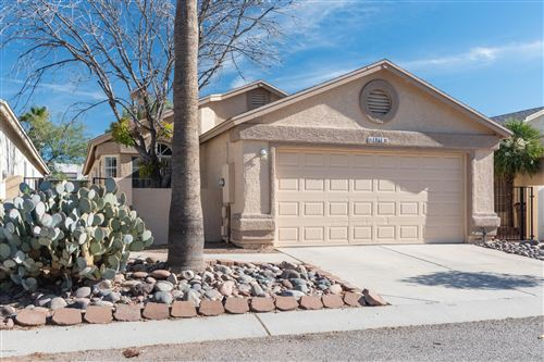 Photo of 8176 N Wheatfield Drive, Tucson, AZ 85741 (MLS # 22001925)