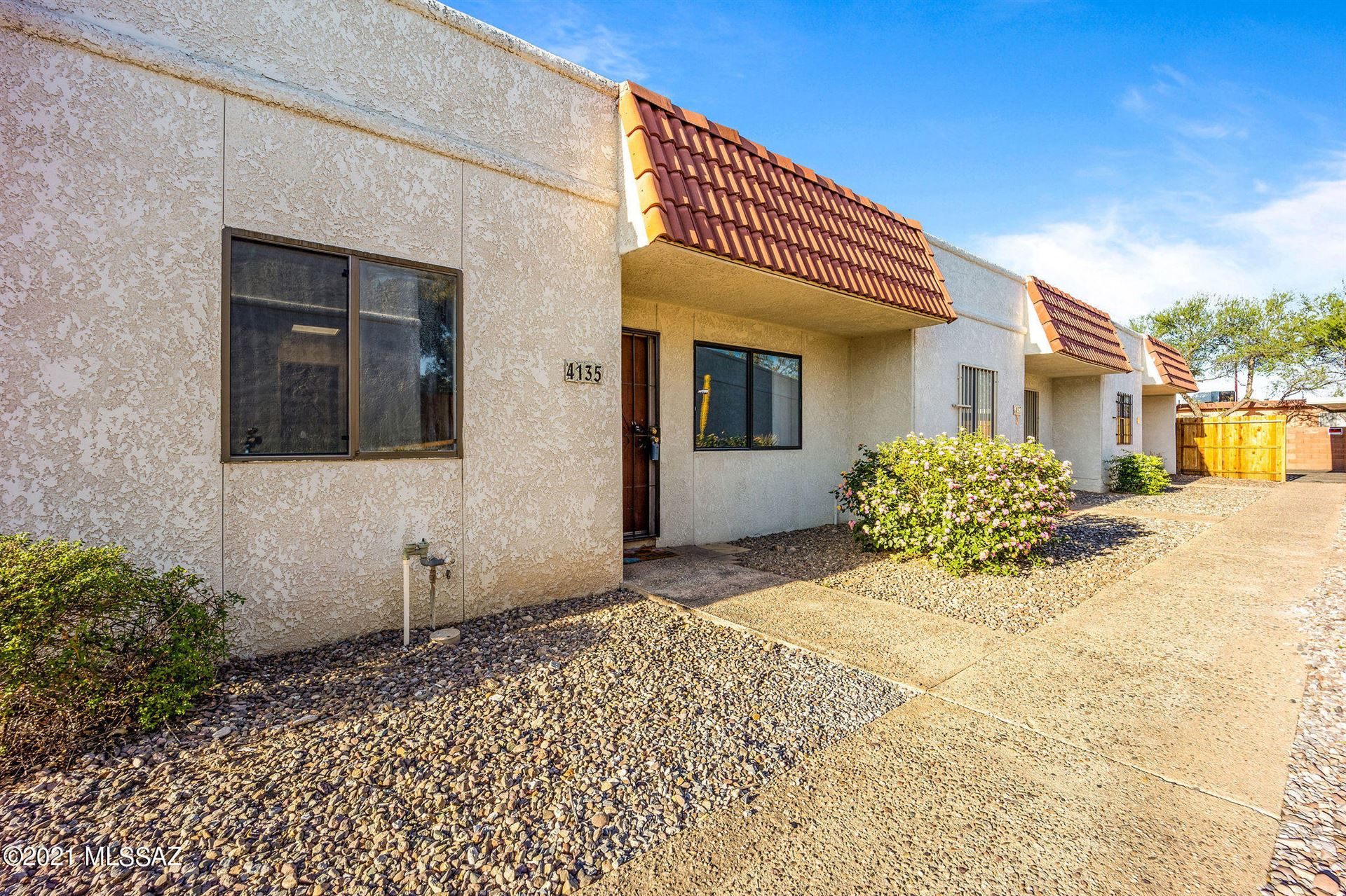 4135 N Western Winds Drive, Tucson, AZ 85705 - MLS#: 22109937