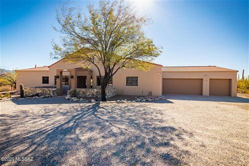 Photo of 11200 E Camino Del Sahuaro, Tucson, AZ 85749 (MLS # 22100951)