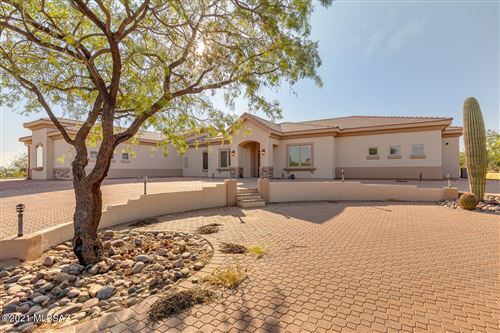 Photo of 958 W Mission Twin Buttes Road, Green Valley, AZ 85622 (MLS # 22123958)