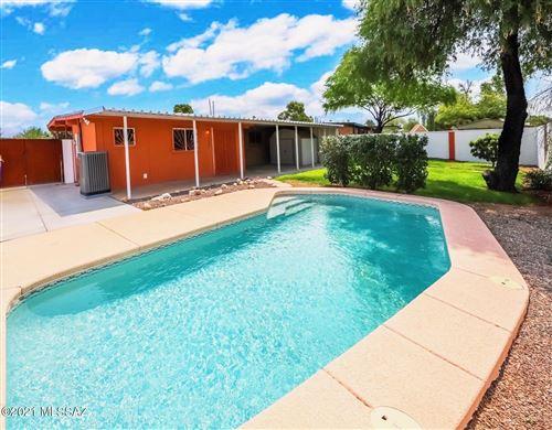 Photo of 9420 E Palm Tree Drive, Tucson, AZ 85710 (MLS # 22118980)