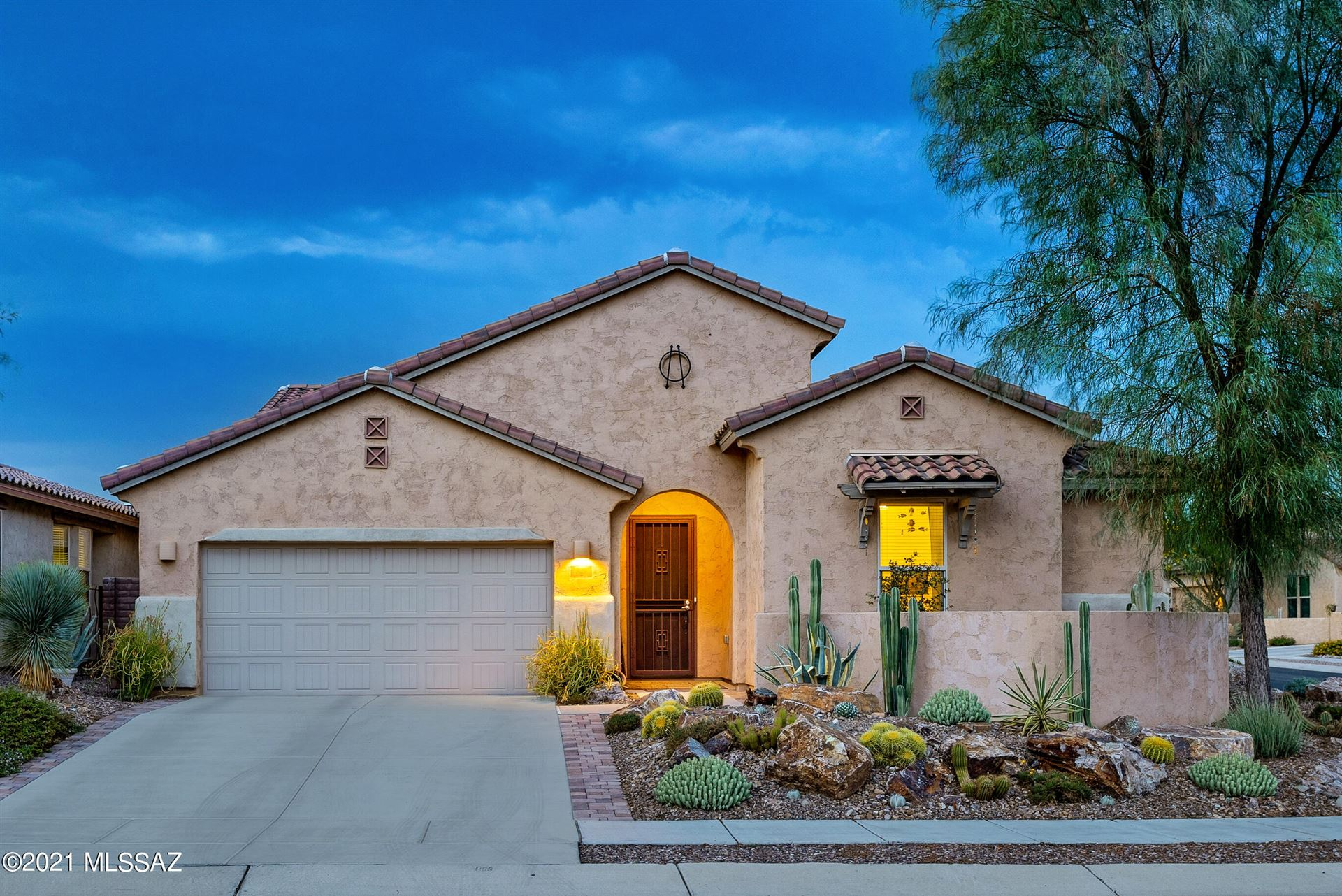 329 E Painted Pottery Place, Oro Valley, AZ 85755 - MLS#: 22118985