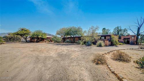 Photo of 9460 N Camino Del Plata, Tucson, AZ 85742 (MLS # 22026988)