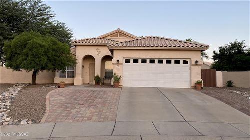 Photo of 9050 N Running Bear Place, Tucson, AZ 85743 (MLS # 22125990)