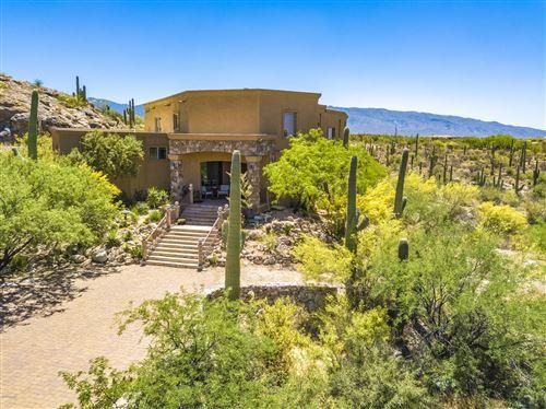 Photo of 3990 N Caliente Canyon Place, Tucson, AZ 85749 (MLS # 22026994)
