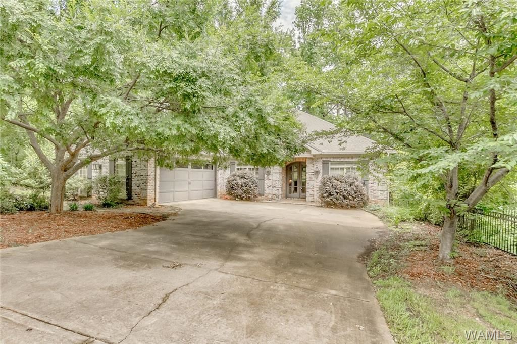 2500 Lakewood Circle, Tuscaloosa, AL 35405 - MLS#: 144279