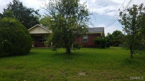 708 E Jefferson, Demopolis, AL 36732 - MLS#: 140528