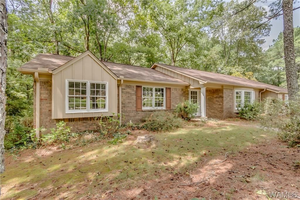 5704 NORTHWOOD LAKE Drive E, Northport, AL 35473 - MLS#: 142646