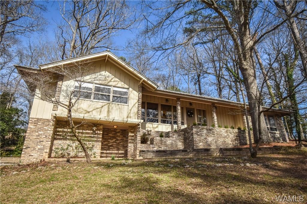 5116 Northwood Lake Drive W, Northport, AL 35473 - #: 136896