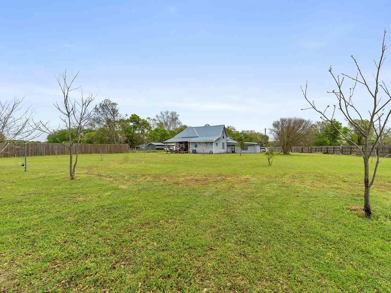 31 CR 2406, Pittsburg, TX 75686 - #: 10132897