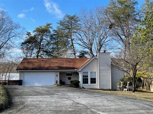 Photo of 771 West Oak Drive, COOKEVILLE, TN 38501 (MLS # 202067)