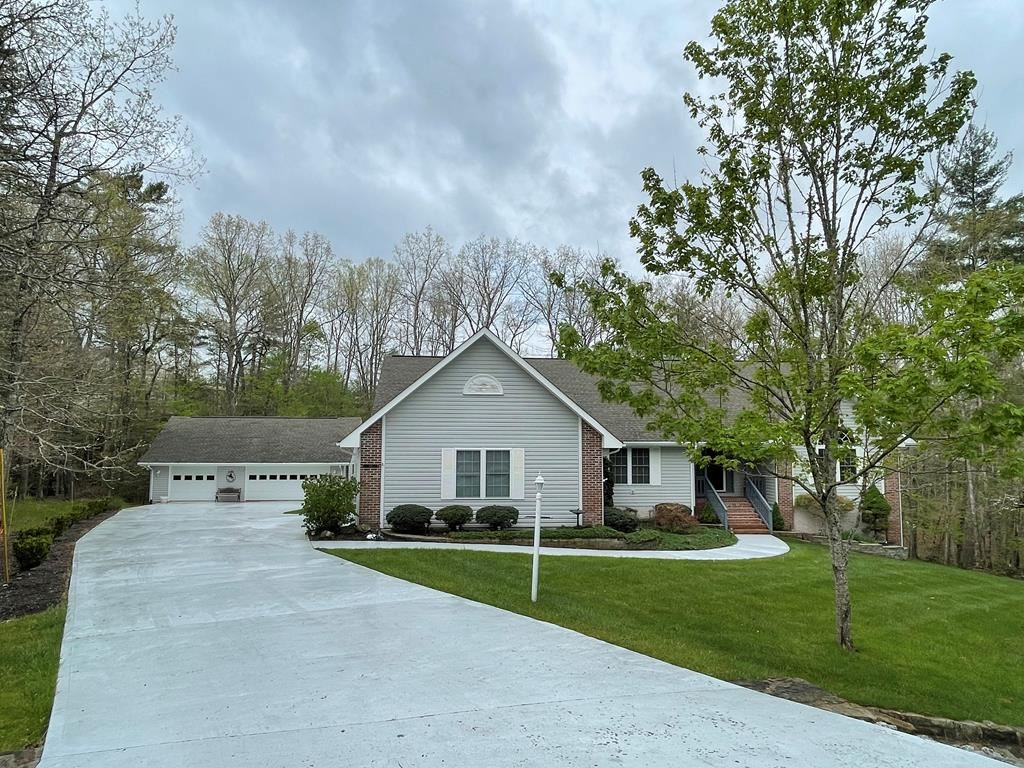 Photo of 115 Tremont Dr., CROSSVILLE, TN 38558 (MLS # 204179)