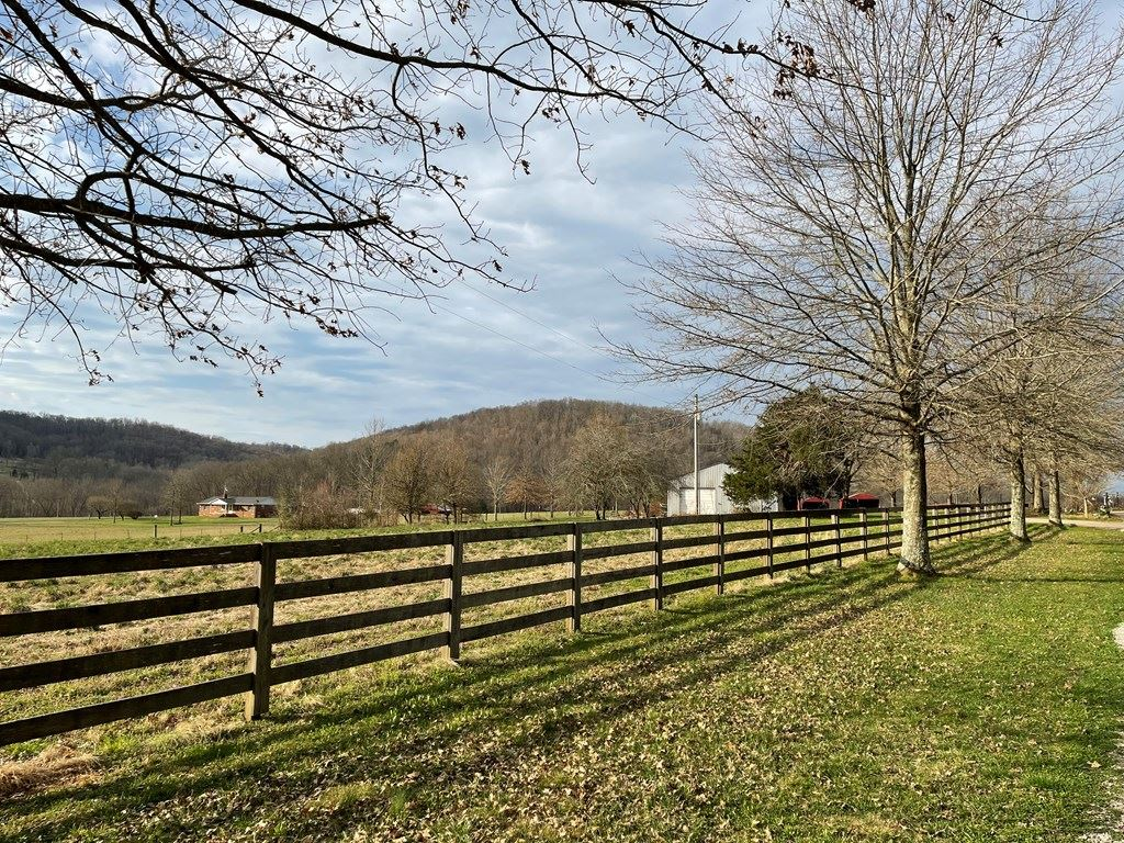 Photo of 4565 Rocky Point Road, COOKEVILLE, TN 38506 (MLS # 203224)