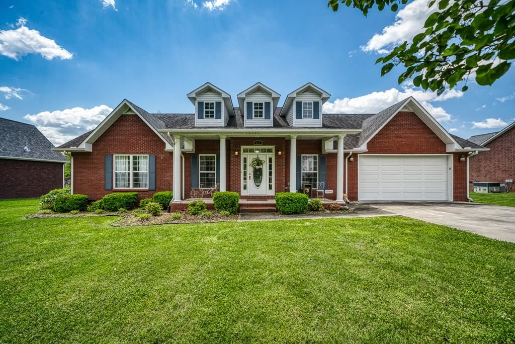 Photo of 261 NE Brookside Drive, COOKEVILLE, TN 38506 (MLS # 204262)