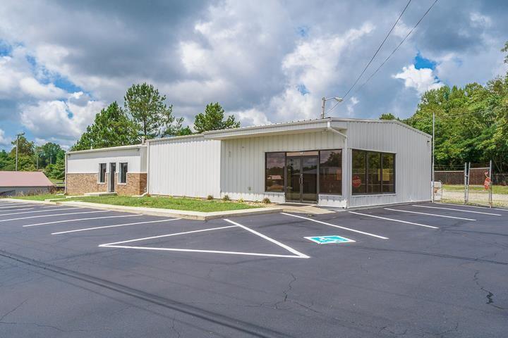 Photo of 715 Crossville Highway, SPARTA, TN 38583 (MLS # 206310)