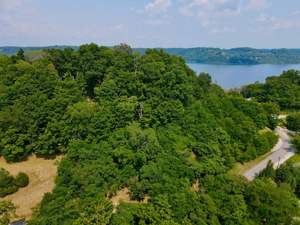 Photo of 108 Harbor Pointe Drive #108, Silver Point, TN 38582 (MLS # 205458)