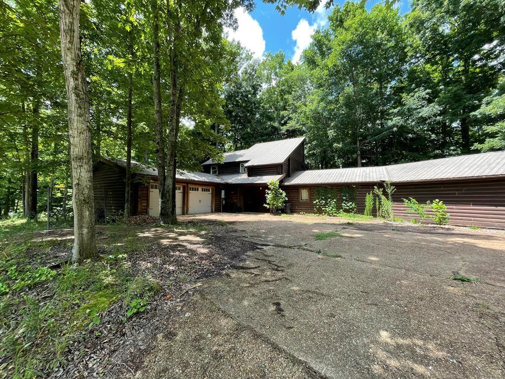 Photo of 1763 Carrington Road, BLOOMINGTON SPRINGS, TN 38545 (MLS # 205480)