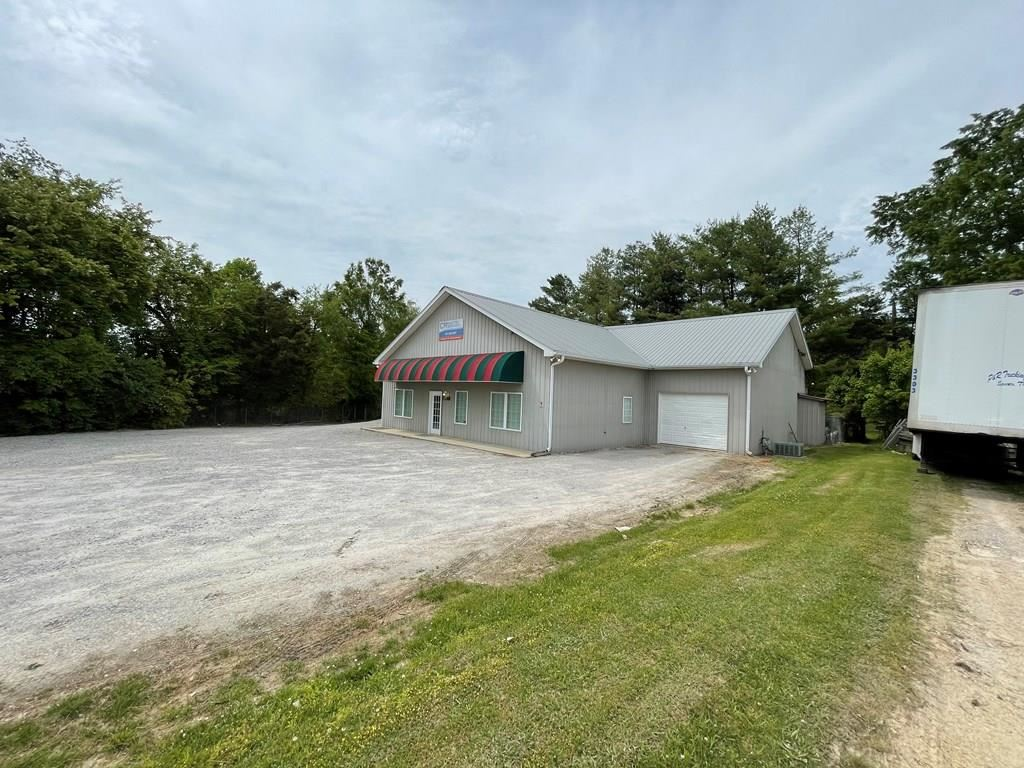 Photo of 2240 Summerfield Road, COOKEVILLE, TN 38506 (MLS # 204537)