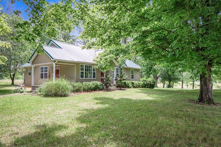 Photo of 5712 Crossville Hwy, SPARTA, TN 38583 (MLS # 205552)
